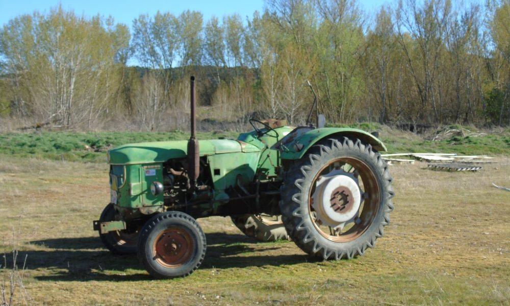 tractor viejo